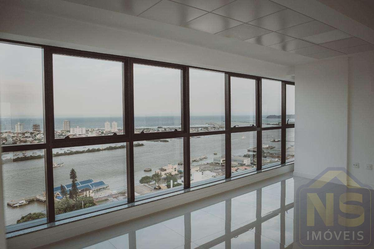 Salas comerciais no Zen Tower Business Center no Centro de Itajaí SC