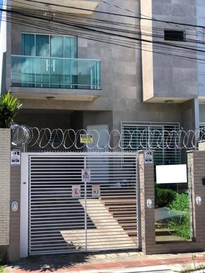 Sobrado mobiliado no bairro Dom Bosco em Itajaí SC
