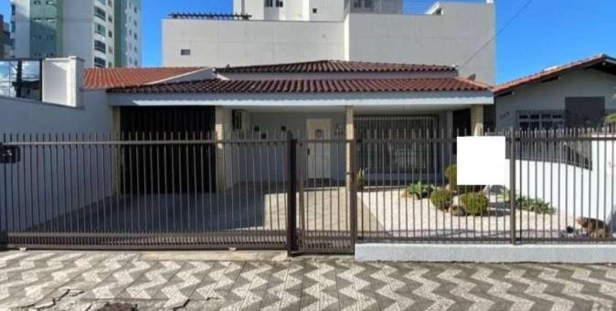 Casa no bairro Fazenda em Itajaí SC