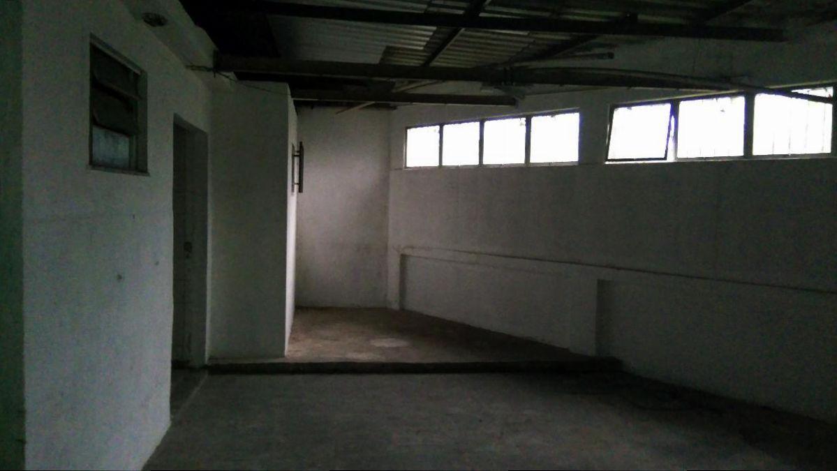 Loja ampla com 360 m² com pé direito alto - Avenida Presidente Kennedy, Ano  Bom, Barra Mansa - RJ f2f813e74d