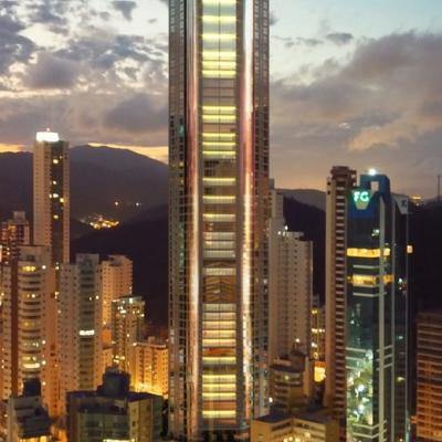 Infinity Coast Tower Comercial