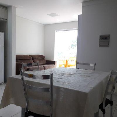 Apartamento 2 dormitórios próximo ao mar