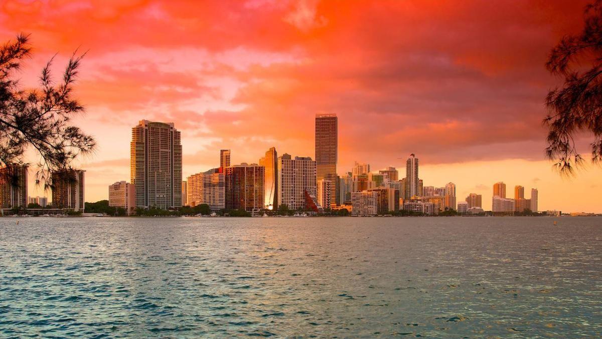 Bem vindo a Miami *  Welcome to Miami