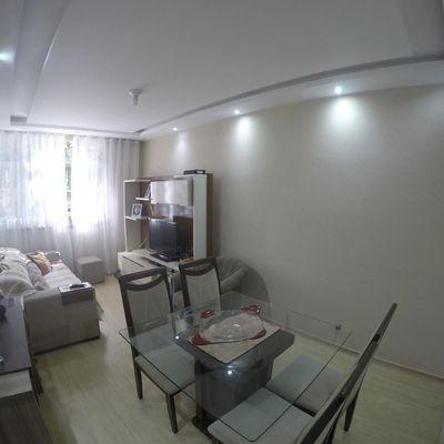 Apartamento de 2 Quartos na Duque Estrada com Elevador e Estacionamento