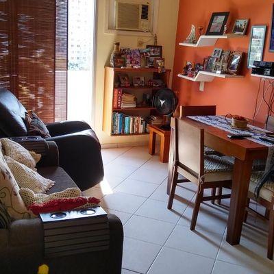 Apartamento de 2 Quartos, 1 Vaga e Elevador, no Martins Torres