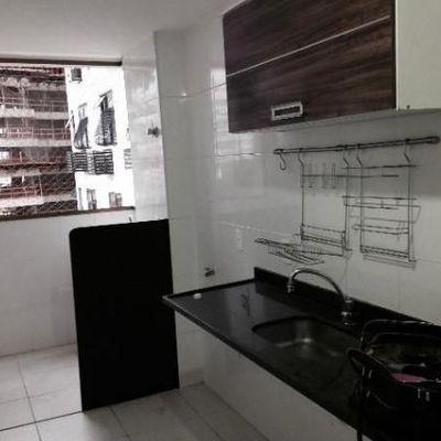 Apartamento de 2 Quartos em Santa Rosa - Rua Noronha Torrezão - Logo Após a Duque Estrada