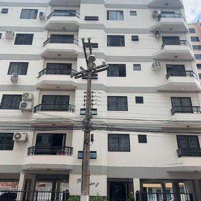 Apartamento bem Mobiliado Ed. Residencial Carolina - Centro - Balneário Camboriú