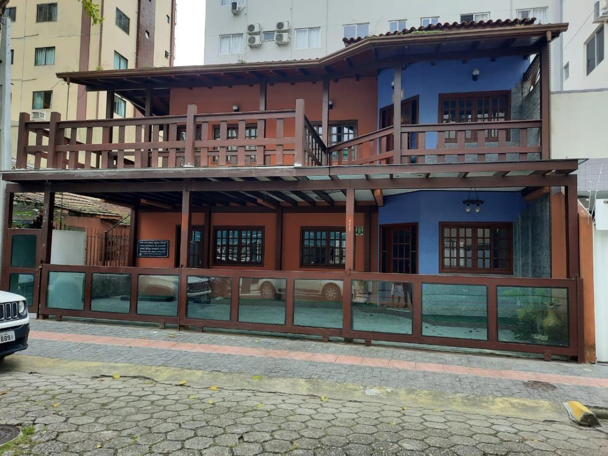 CASA PARA LOCAÇÃO COMERCIAL NO CENTRO DE BALNEÁRIO CAMBORIÚ