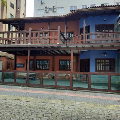 Casa para locação comercial - Anual - Centro - Balneário Camboriú
