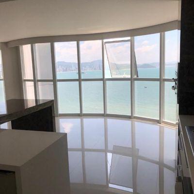 Apartamento Frente Mar - Ed. Ibiza Tower - Barra Sul - Balneário Camboriú