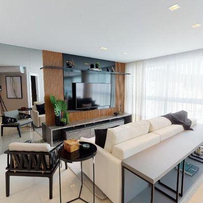 Apartamento Vista Mar - Ed. Falcon Tower - Centro - Balneário Camboriú