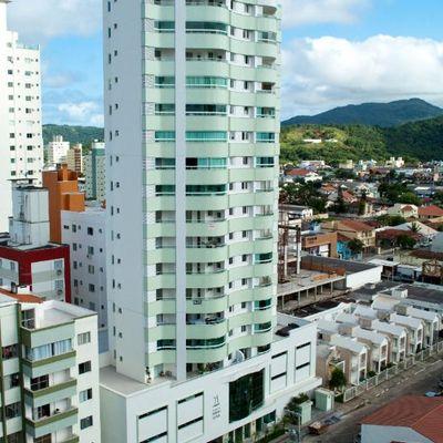 Apartamento Mobiliado para Locação Residencial Porto Luna - Centro Balneário Camboriú