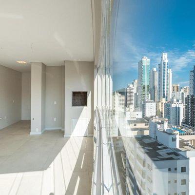 Apartamento Cobertura duplex edifício Farol ilha da Paz Vista Mar Centro Balneário Camboriú