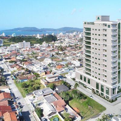 Ilha De Porto Belo - 03 Dormitórios em Pereque - Venda