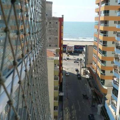 Apartamento em Meia Praia