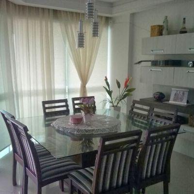 Apartamento com 03 suítes para alugar na temporada em Meia Praia Itapema SC