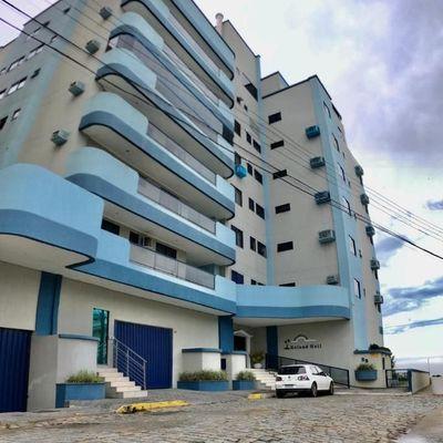 Apartamento para venda em Meia Praia