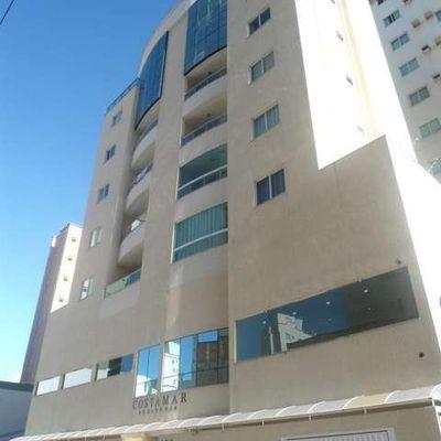 Cobertura duplex para aluguel de temporada em Meia Praia Itapema