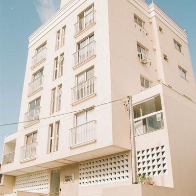 Apartamento para venda em Meia Praia 2 dormitórios