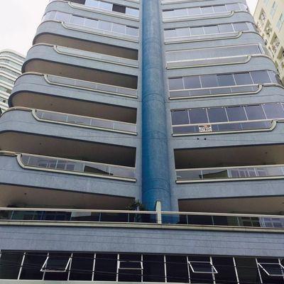 Salvador Dali - Apartamento 04 Dormitórios Em Meia Praia - Itapema SC