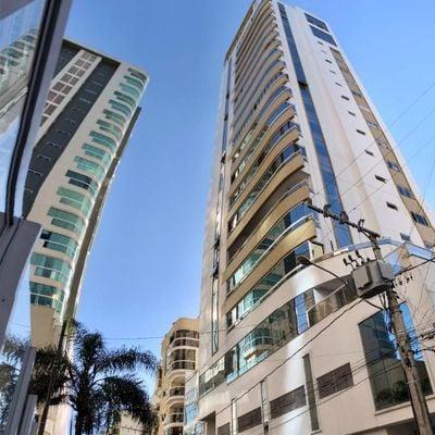 Torre do Sol - Apartamento 3 Suítes Mobiliado à venda em Meia Praia Itapema SC