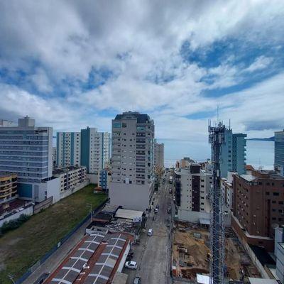 Apartamento 3 suítes a venda em Meia Praia Itapema SC