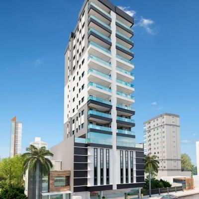 Apartamento na planta com 03 suítes para a venda em Meia Praia.