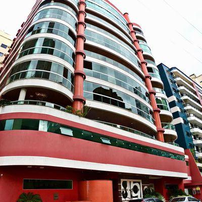 Apartamento para locação de Temporada 04 Dormitórios em Meia Praia, Itapema