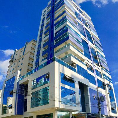 Sky Tower - 03 Suítes Finamente Mobiliado à Venda Na Meia Praia, Itapema SC