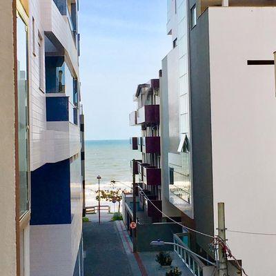 Apartamento na quadra do mar em Itapema para locação de verão