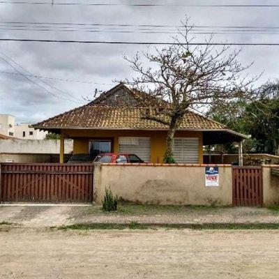 Casa no Baln. Cambiju - Itapoá/SC