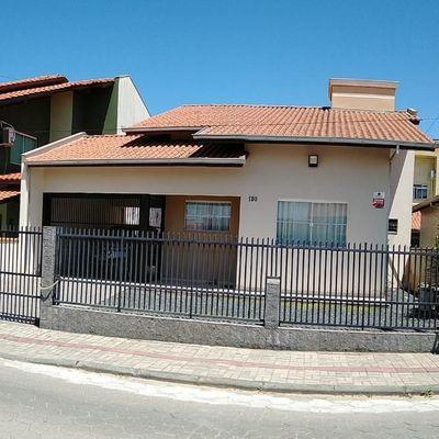 Casa com 3 dormitórios à venda, 130 m² - Tabuleiro - Barra Velha/SC