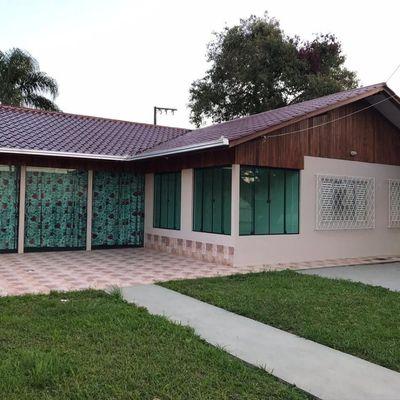 Casa com 4 dormitórios á venda, 300,00 m² por R$580.000,00 - bairro Centro - Barra Velha/SC.