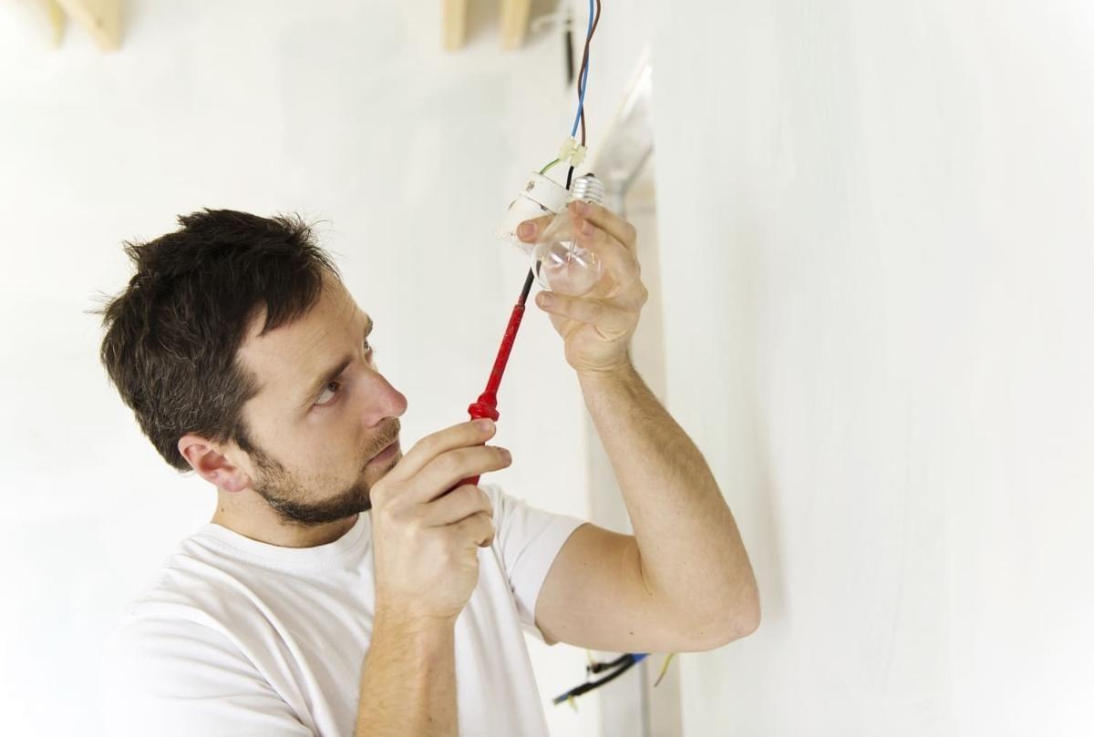 Principais erros elétricos cometidos por proprietários de imóveis novos ou usados