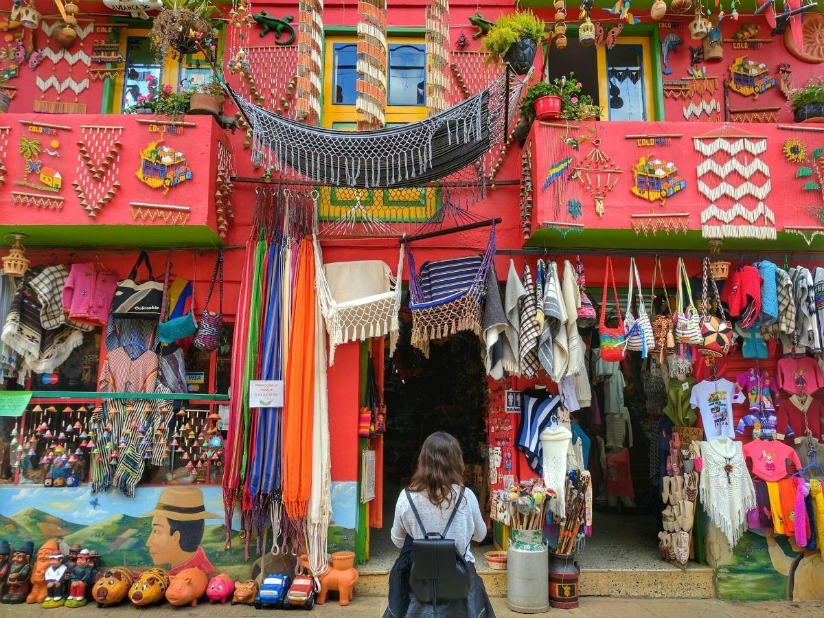 Lojas e peças de artesanato em Balneário Camboriú