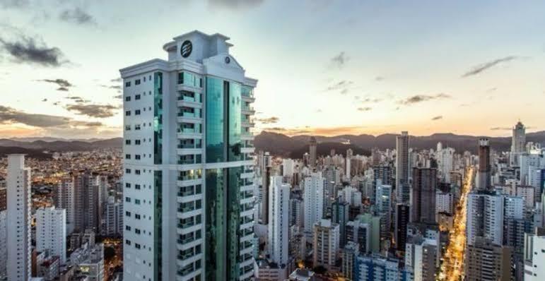 Por que comprar um apartamento em Balneário Camboriú?