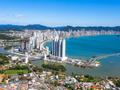 Vantagens de investir em imóveis no litoral