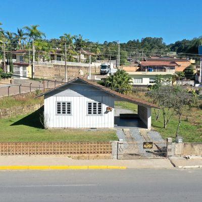 Casa Mista - Aluguel - Fundo Canoas - Rio do Sul