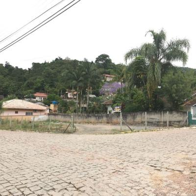 Terreno Urbano - Esquina - Santana - Rio do Sul