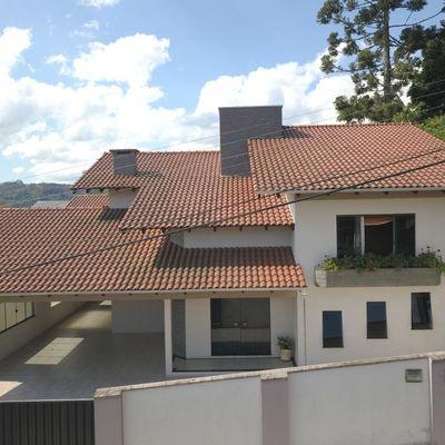 Casa de Alvenaria - Alto Padrão - Piscina - Eugênio Schneider