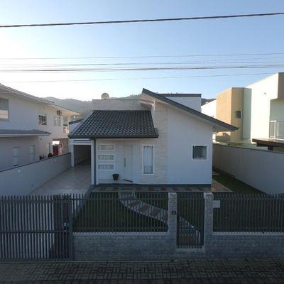 Casa de Alvenaria - Venda - Loteamento Brehsan - Canta Galo - Rio do Sul