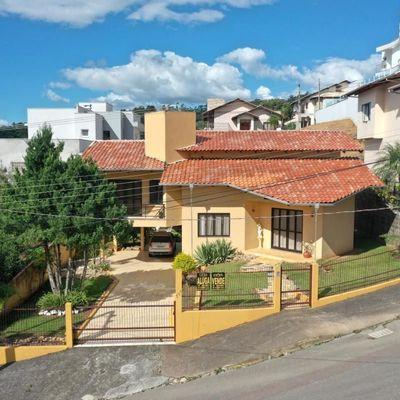 Casa de Alvenaria - Venda - Alto Padrão - Santana - Rio do Sul