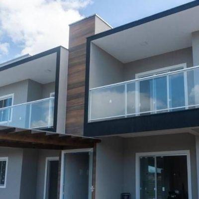 Apartamentos c/ 01 suíte + 02 quartos, frente para Av. João H. Vieira, perto do Acesso pela SC 416. Balneário Itapoá