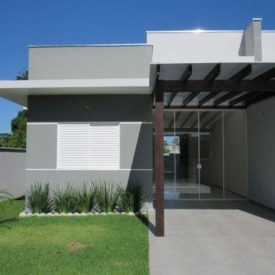 Casa nova e moderna, c/ 1 suíte + 2 quartos, Baln. Mariluz