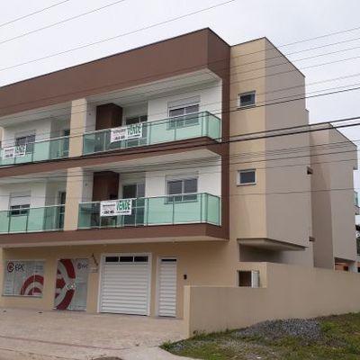 Apartamentos na Av. Brasil, quadra do mar, Baln. Palmeiras