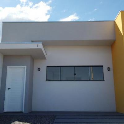 ► Casa térrea c/ Suíte + 02 quartos, Itapema do Norte