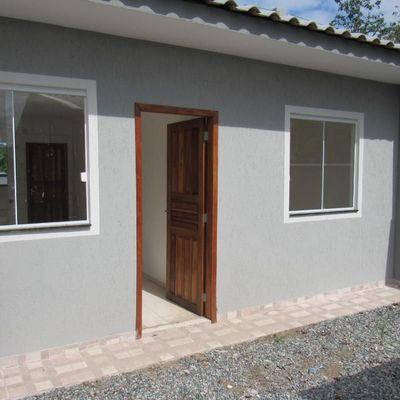 Casa c/ 41,53m², 02 quartos - Próx. Rua 1000 - Baln. Jd da Barra