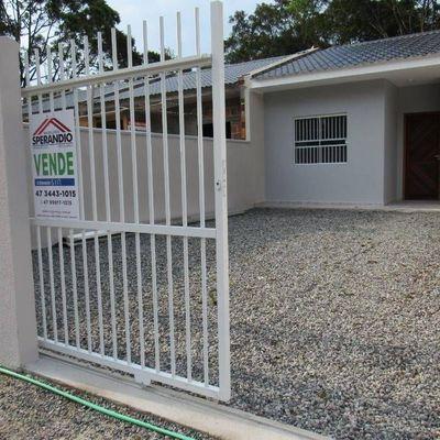 ► Casa nova c/ 2 quartos, ótimo padrão de acabamento R$139.500,00 - Baln. Brandalize