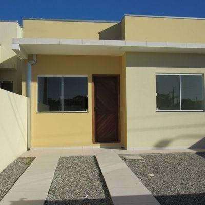 Casa c/ 1 suíte + 1 quarto, próx. da Av. Celso Ramos, Lot. São José