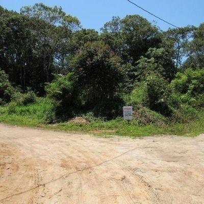 Terreno de esquina c/ 432m², no Balneário Itamar